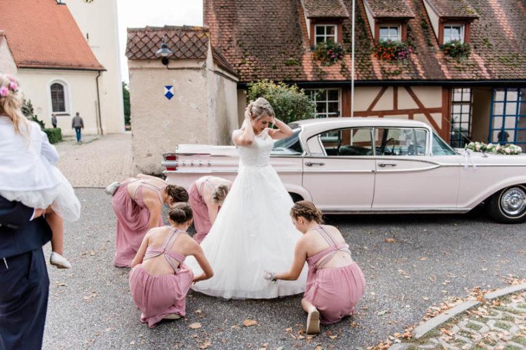 06_Hochzeitsfotografie_Hochzeitsfeier_Hochzeitstorte_CarinaPlößlFotografie_0080